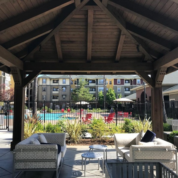 Don't throw shade.... Sit in it! Our luxurious gazebo/grill areas! Get out of the sun while enjoying the cool California breeze!  #withuinmind #ucdavisathletics #uhouzz #ucdavismed #areuready #theu #theudavis #davis #davisca #daviscalifornia #instagram #snapchat #wechat #chegg #grills #gazebo #shade #amenities