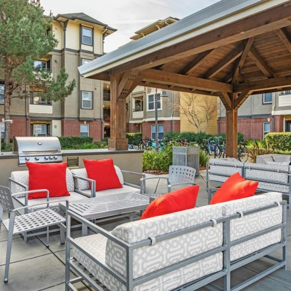 Outdoor spaces are where memories are made. Grill out and spend quality time!  #theu #theudavis #davisca #davis #davisca #livewell