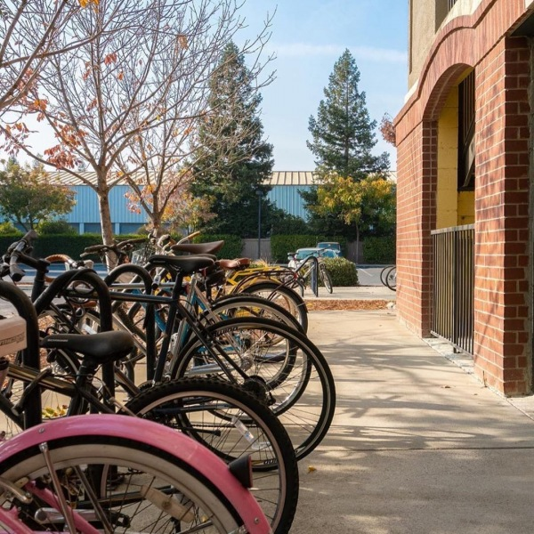 Having a bike has never been so easy at an apartment. We have ample bike parking and bike repair stations that keep you on he road.  #theu #theudavis #easylife #bikestation #bikerepair #repair #davis #davisca #daviscalifornia